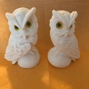 Pair of lime stone white owls.